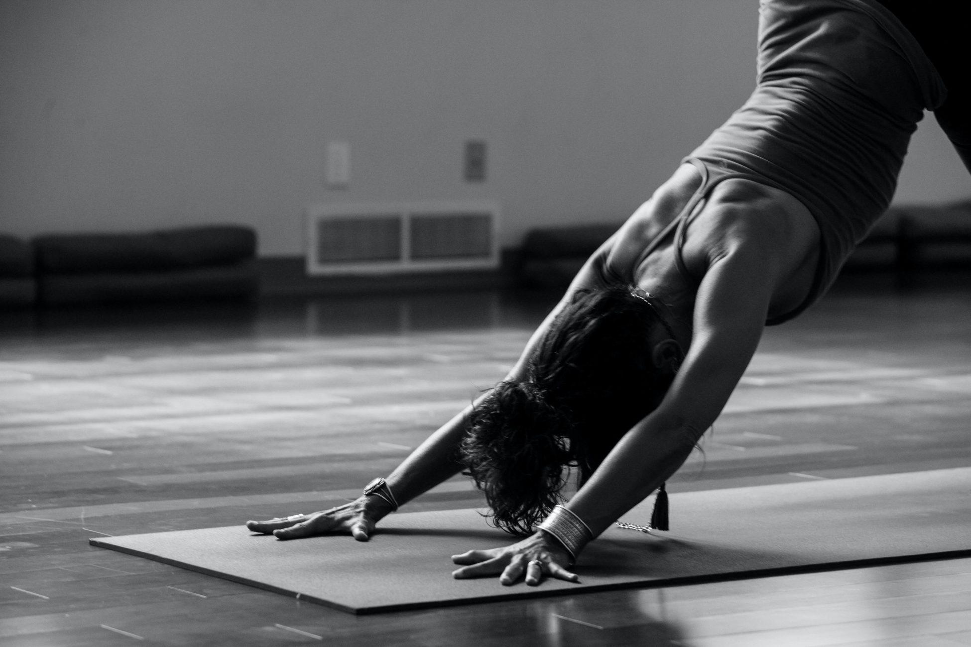 ćwiczenia na ramiona-rozciąganie